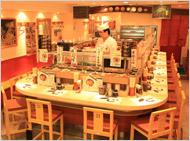 回転寿司魚喜 神戸元町店 内観